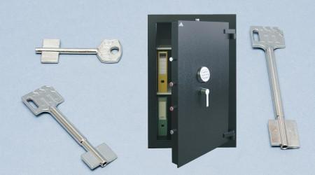 Trezory, schránky a bezpečnostní dveře